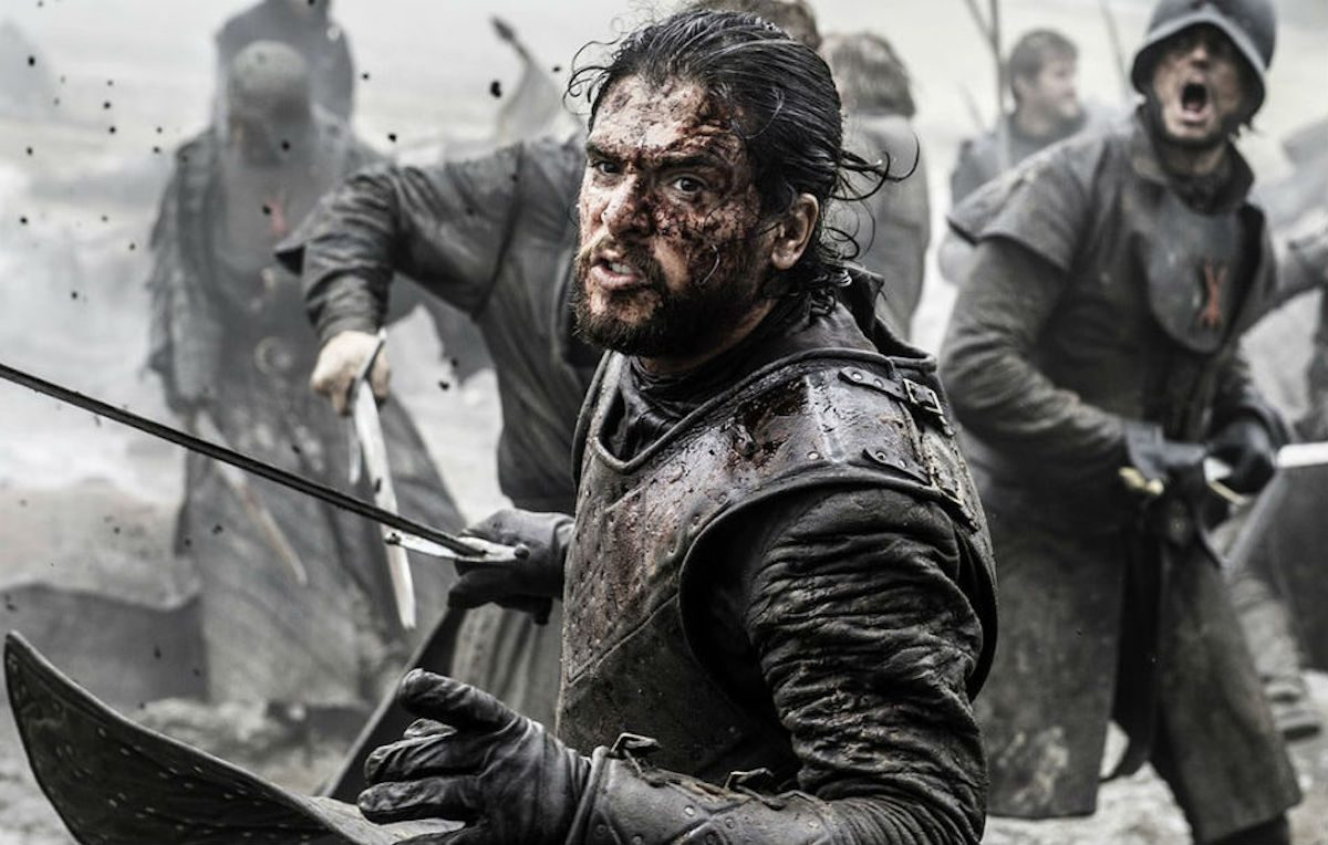 Kit Harington nei panni di Jon Snow per un episodio di 'Game Of Thrones'