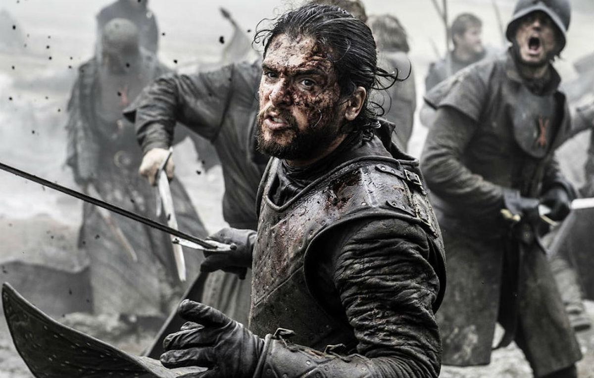 Kit Harington nei panni di Jon Snow per un episodio di 'Game Of Thrones'