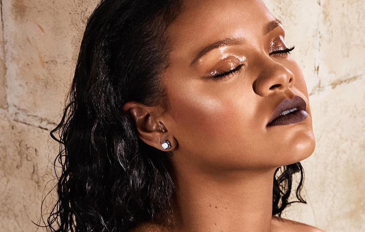 Rihanna, dopo il lancio di Fenty Beauty, pare abbia interessi anche nella moda. Foto via Instagram