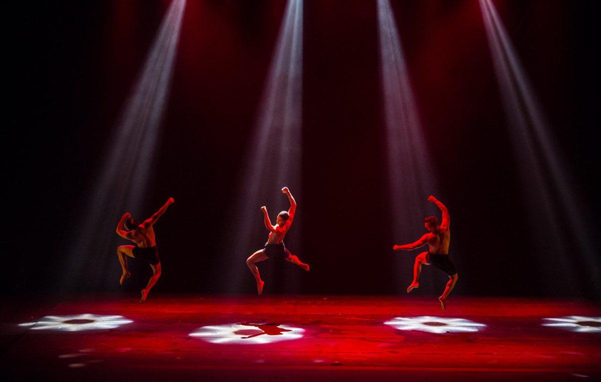 Un'esibizione dei Kataklò. Foto: Renato Mangolin
