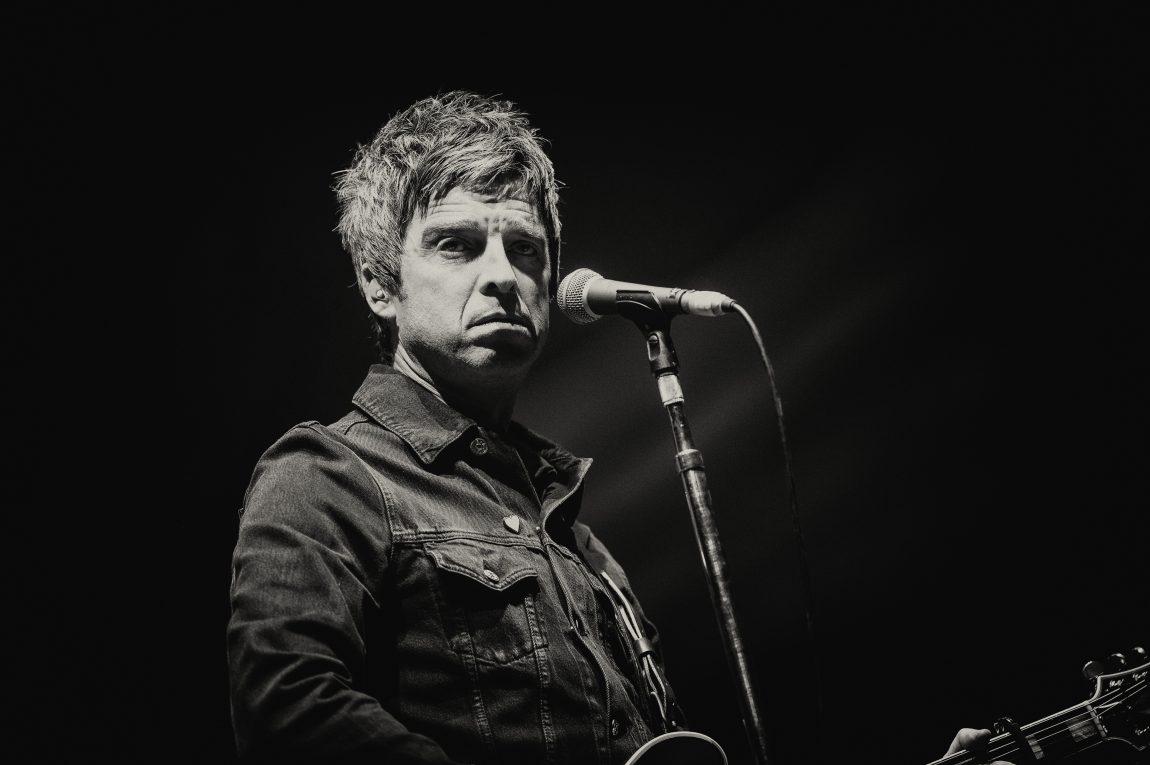 Noel Gallagher, guarda il video natalizio di 'Wandering Star'