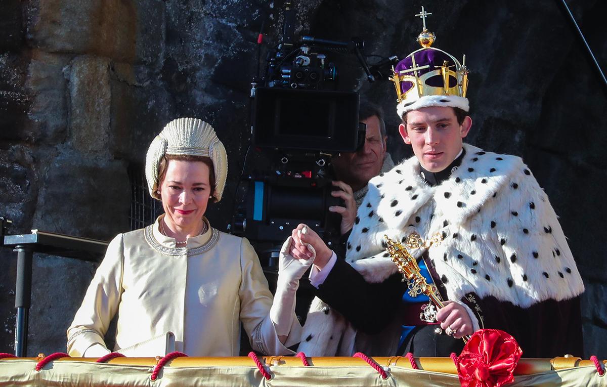 'The Crown 3', il peccato originale: Carlo incontra Camilla