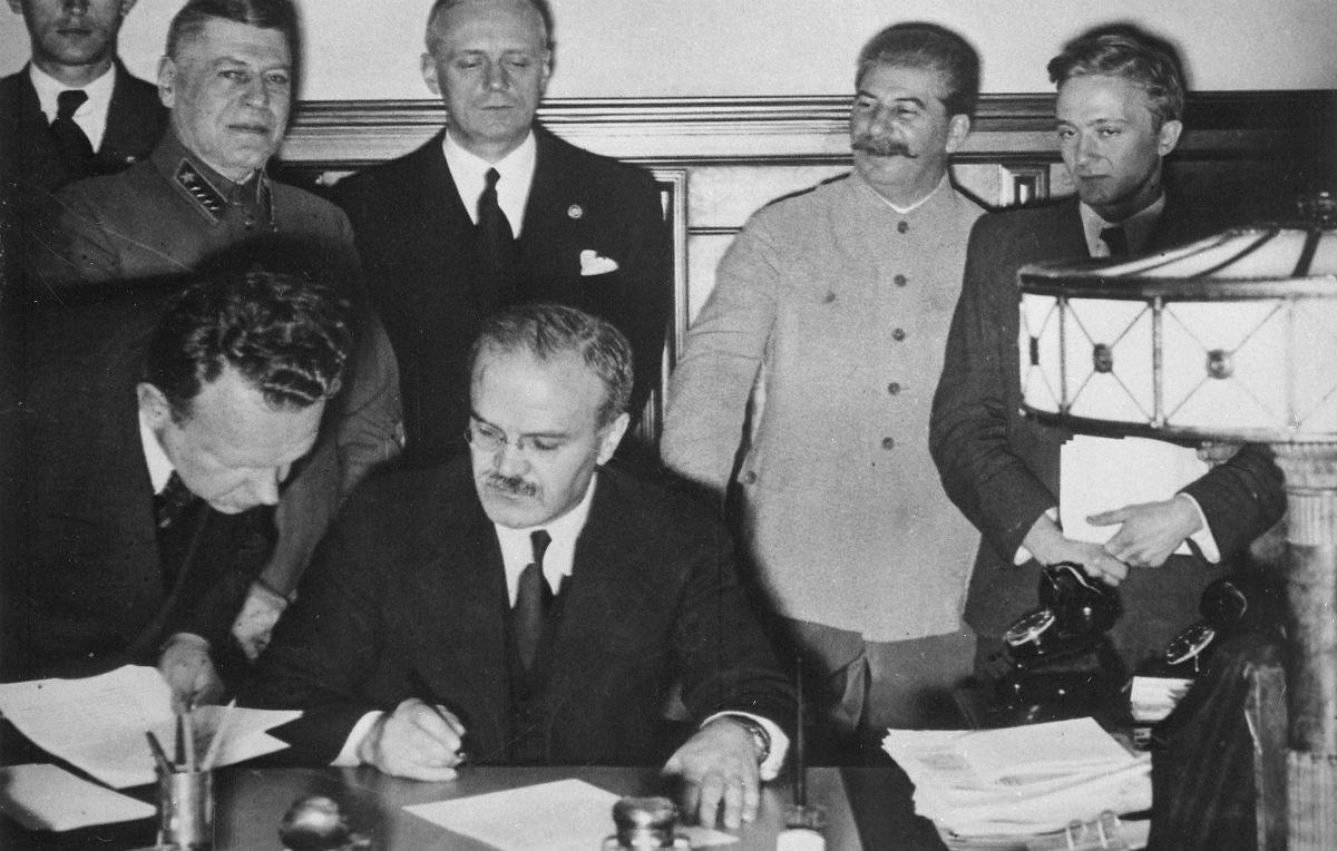 Perché il Molotov-Ribbentrop sta facendo discutere tutta Europa