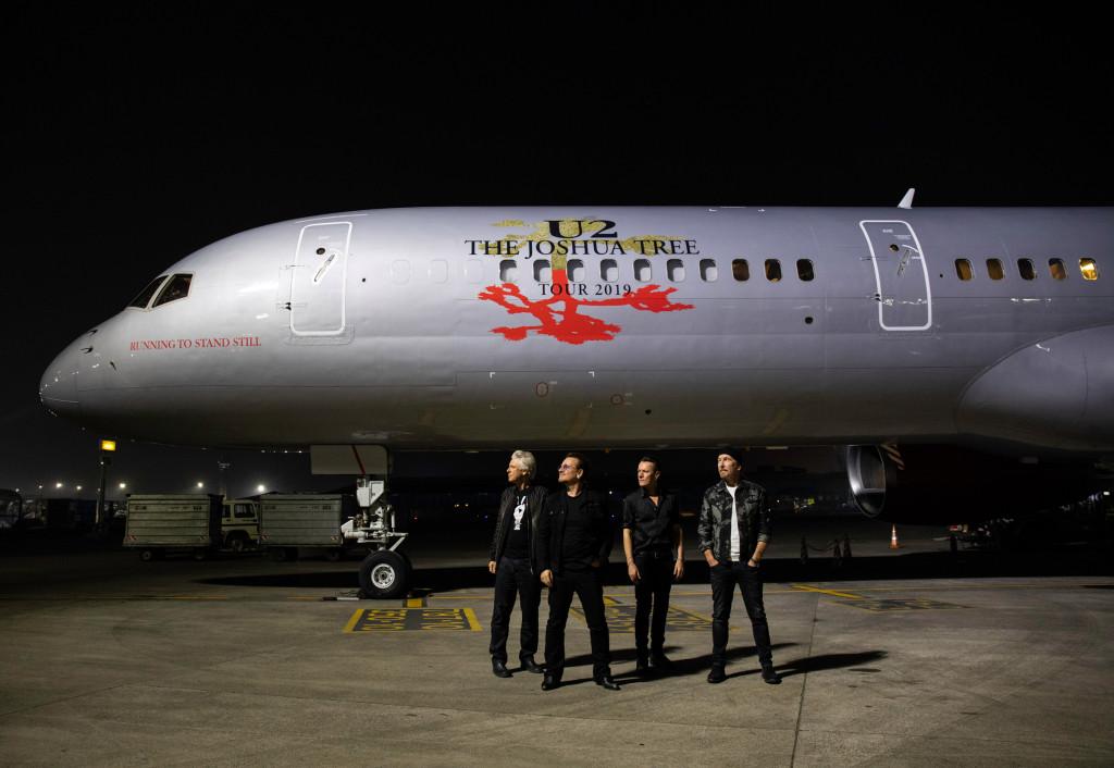 U2, le foto dello storico concerto a Mumbai