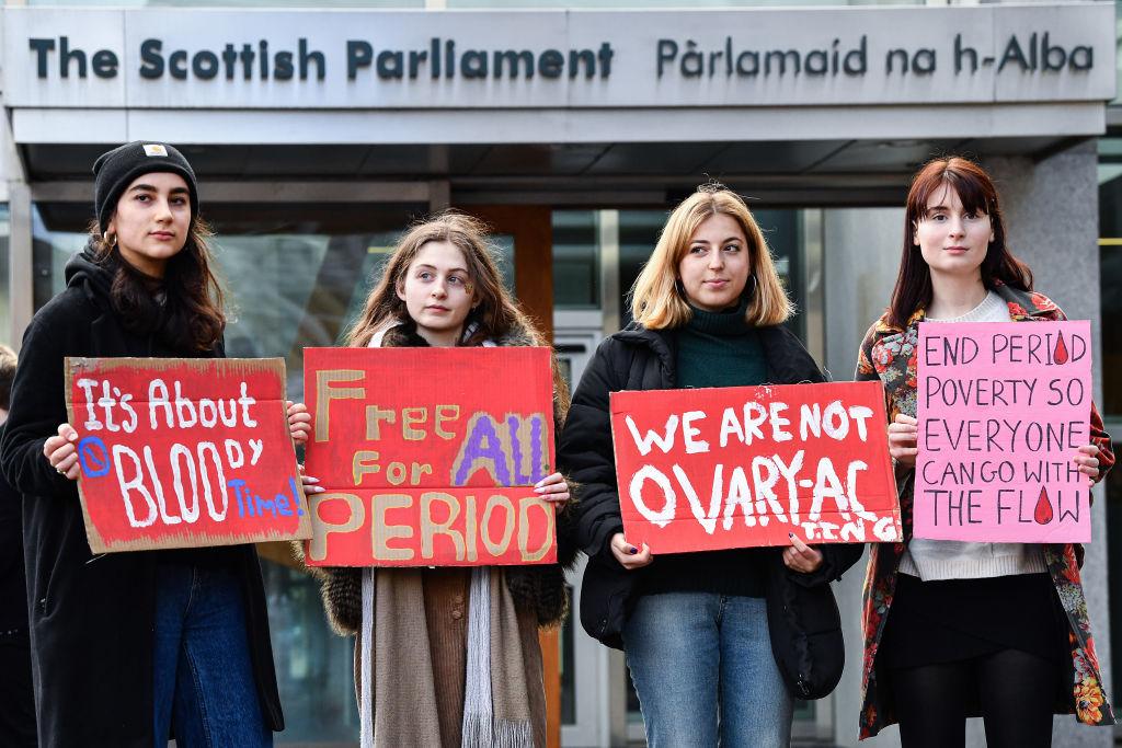 La Scozia sarà il primo paese a fornire assorbenti gratis a tutte le donne