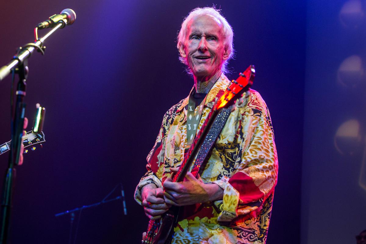 È in arrivo un nuovo album da solista di Robby Krieger dei Doors ...