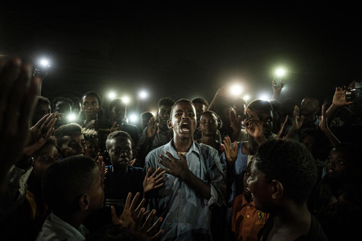 Le torce della speranza nella finale del World Press Photo