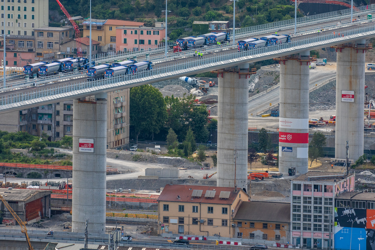 Oggi verrà inaugurato il nuovo ponte di Genova