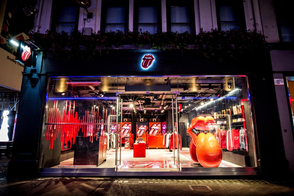 Ecco com'è il negozio dei Rolling Stones a Londra