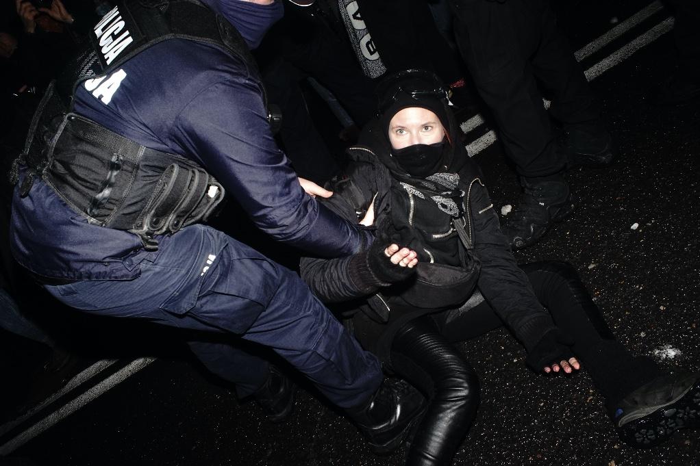 Nonostante le proteste, in Polonia l'aborto è stato reso impossibile